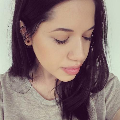 perfil_ananda